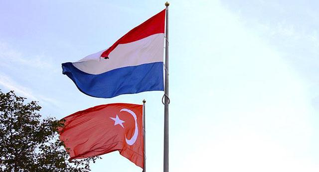 Hollanda AKP'nin açacağı okullardan  endişeli