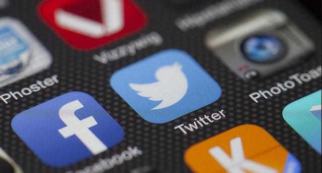 Facebook veTwiter devlet destekli yanlış bilgi yayan 3 bin 500 hesabı kapattı