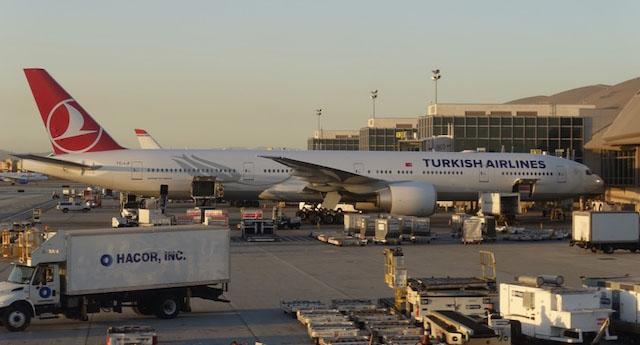 Budapeşte Havalimanı trafiğe kapatıldı