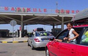 'Gurbetçiler' yaz tatilinde Türkiye'ye gelebilecek mi?: Üç bakana 10 soru