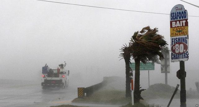ABD'de Florence Kasırgası geçti ama tehlike devam ediyor