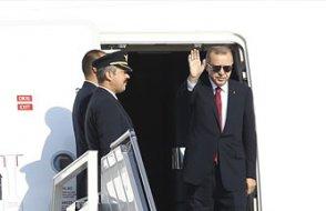 Yeni VIP uçağını konuşanlara seslendi: Mahkemelerde süründüreceğim