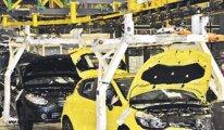 Renault işçileri, yöneticilerini fabrikaya kapattı