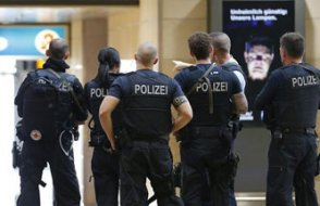 Almanya 11 bin kişi hakkında sınır dışı kararı verdi