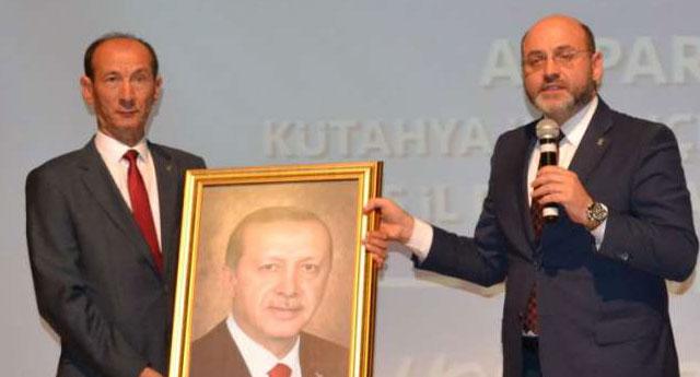 CHP'li başkan dombrayla AKP'ye geçti