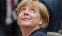 Merkel siyaseti ne zaman bırakacağını açıkladı...