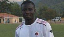 Amatör lig maçında Afrikalı futbolcu kalp krizinden hayatını kaybetti