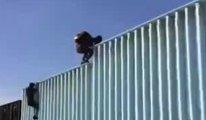 Göçmenler Amerika-Meksika sınırına ulaştı...