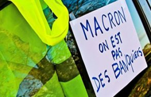 Fransa'daki olaylar Milli Piyangocuların yeleklerini imha ettirdi