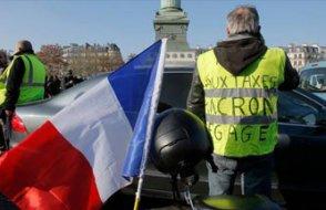 Fransa'da 244 bin kişi akaryakıt protestosuna katıldı