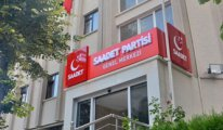 Erbakan'ın oğlu Saadet Genel Merkezi'ni icrayla boşalttırıyor