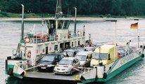 Almanya'da su seviyesi düştü, feribot seferleri durdu
