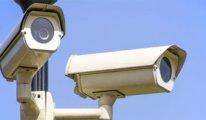 Hırsız not bıraktı: Hepinizi seviyorum, insan bir kamera taktırır
