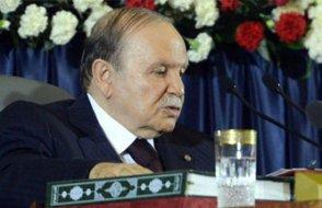 Cezayir'de ordu Buteflika'ya muhtıra verdi: Koltuğunu boşalt