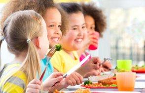 Tabağını bitirmesi için ısrar etmeyin: Yemek ceza değil