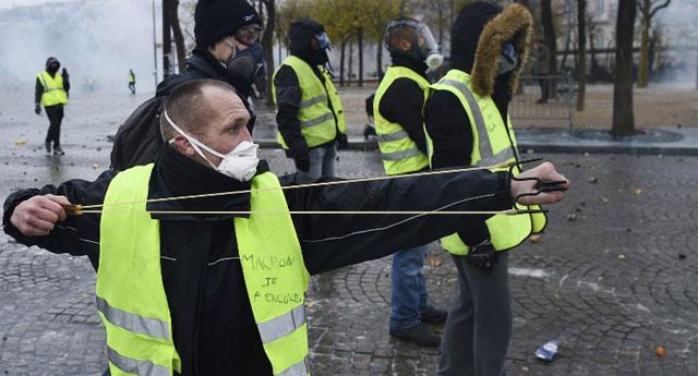125 bin eylemci, bin beş yüz gözaltı