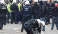 Fransa'da liselilerin 'Kara Salı' protestoları sürüyor