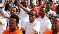 Etiyopya: Otomobilsiz günde binlerce kişi yürüdü