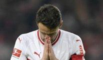 Alman futbolcunun babası tribünde öldü