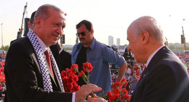 MHP'li isimden 'Cumhur' teklifi: AKP ve MHP'yi kapatıp CİP'i kuralım