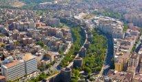 Diyarbakır surlarında 3 insan iskeleti bulundu