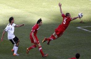 FIFA'dan 'elle oynama' konusunda kural değişikliği