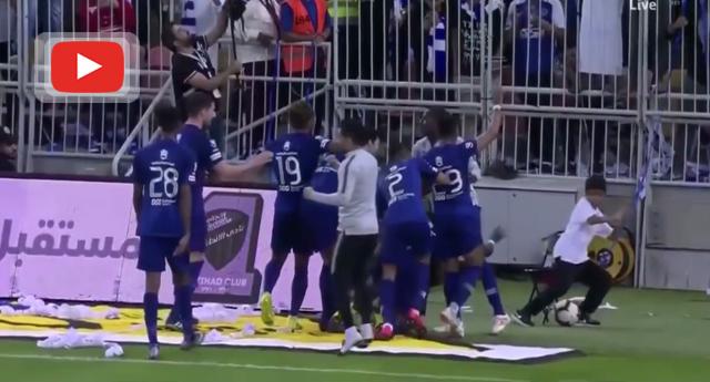 Gomis'in gol sevinci çocuğu korkuttu