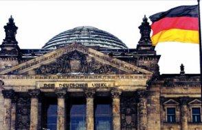 Yabancı eşlerin üçte biri Almanca sınavını geçemiyor