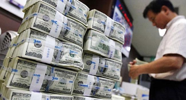 'Hükümet borçları geri ödeyecek döviz bulamıyor'