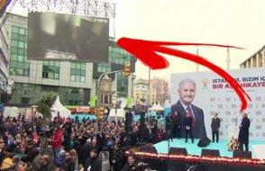'Herkes yayından kaldırıyor, Erdoğan miting miting katliamı gösteriyor'