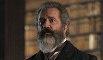 Mel Gibson, Deli ve Dahi filminin gösterilmesini istemiyor