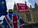 Gizli Brexit raporu sızdı: İngiltere gıda, ilaç ve yakıt sıkıntısı yaşayacak