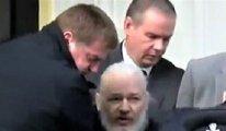 [FLAŞ] WIKILEAKS sitesinin kurucusu Assange böyle gözaltına alındı