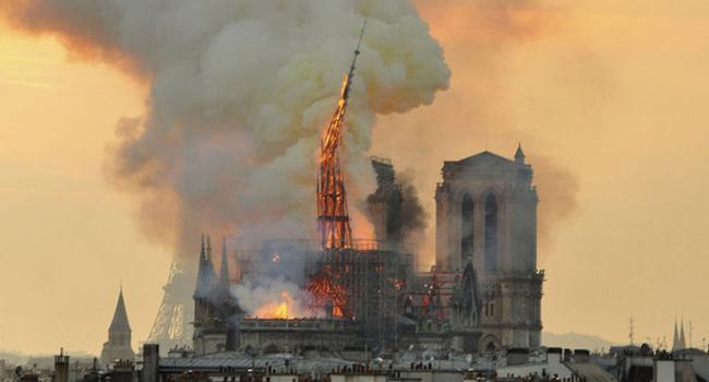 Tarihi yapı büyük hasar görmüştü