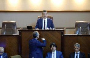 Memurların lehine olan karar AKP'nin oylarıyla engellendi