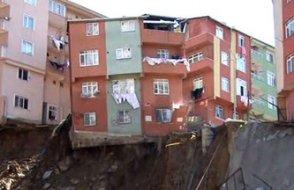 Kâğıthane'de 4 katlı bina çöktü