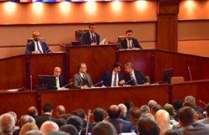 İmamoğlu, İBB Meclisi'ni naklen yayına aldı