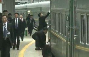 Diktatörün korumaları bu sefer de treni silmeye girişti