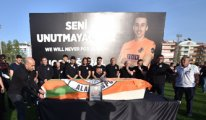 Türkiye'nin acı günü! Yıldız futbolcu için veda töreni
