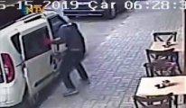 Güpegündüz hırsızlık: Sürgülü kapıları böyle söktüler!