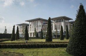 AKP'li belediyeden 'Saray' eleştirisi