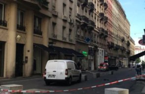 Fransa'nın Lyon kentinde patlama yaşandı