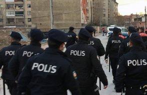 Polise mukavemetten emniyete gitti, Erdoğan'a hakaretten gözaltına alındı