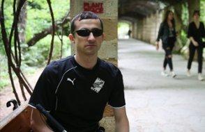 Görme engelli KHK'lı Uğur A. Yunanistan'a geçişini anlattı