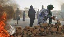 Demokrasi nöbeti tutanlara ateş açıldı: 101 ölü