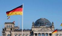 Almanya'da ırkçı kişi Eritreli genci silahla vurdu