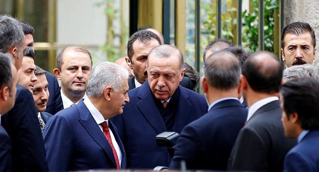 Erdoğan faturayı başkasına kesecek: İl teşkilatları ve kabine değişecek