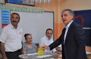 Abdullah Gül rengini belli etti