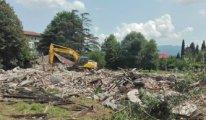 Tarihi binayı kimin yıktırdığı bulunamadı