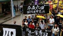 Hong Kong'da sular durulmuyor: Ülke karıştı